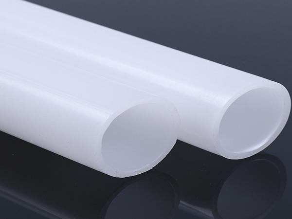 荧光增白剂添加量越多越好吗?