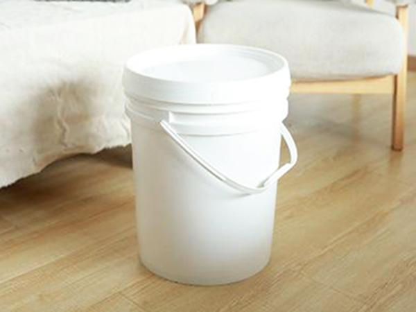 一家专业的塑料增白剂厂家是怎样报价的?